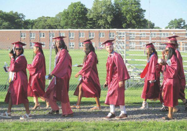 LDR-UHS-Graduation-(10)