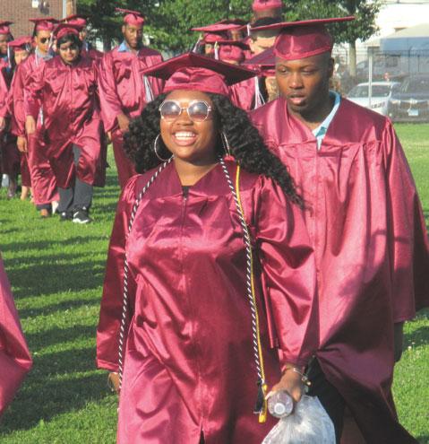 LDR-UHS-Graduation-(7)